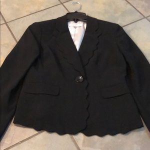 Kasper gorgeous black suit jacket blazer size 4